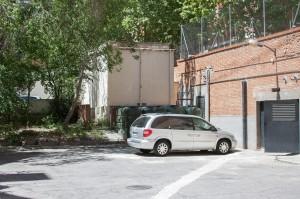Me gustaría estacionar mi coche cerca, ¿son zonas de fácil aparcamiento?